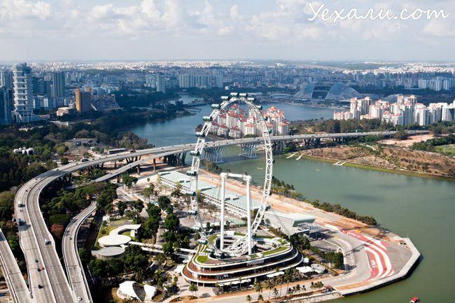 Колесо огляду Singapore Flyer, Сінгапур.