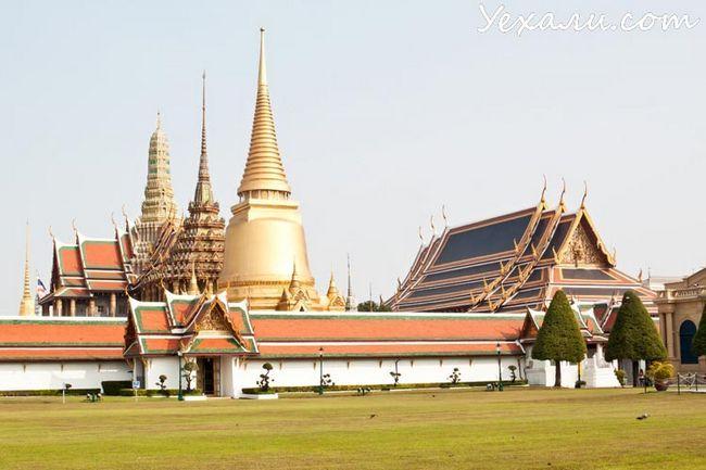 Що подивитися в Бангкоку за 2 дня: Храм Смарагдового Будди