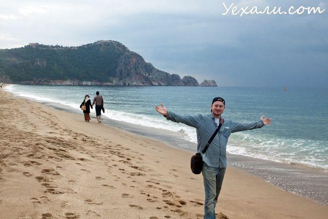 Пляж Клеопатри в Аланьї