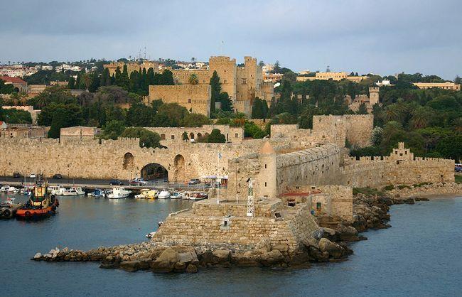 Визначні пам`ятки Греції. опис
