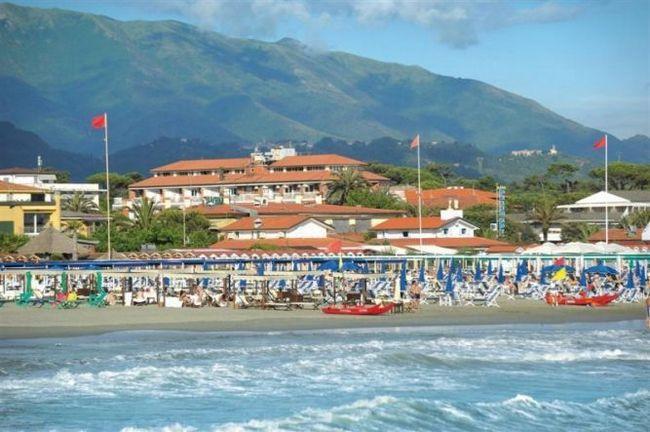 Форте-дей-мармі (тоскана, італія) - престижний курорт на тірренському узбережжі