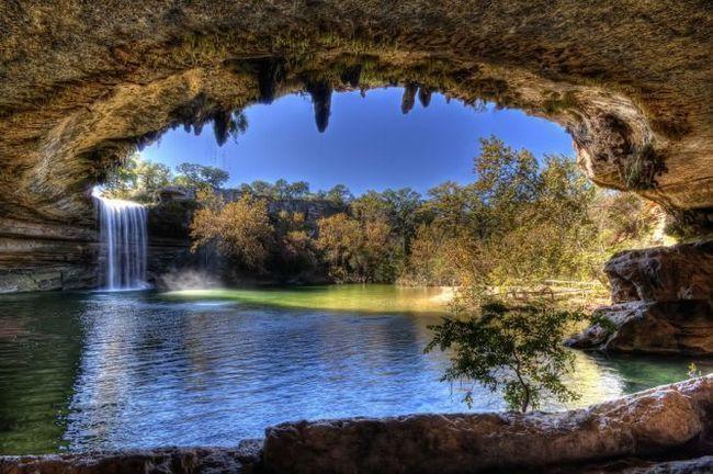 Гамільтон пул (hamilton pool) - наземне і підземне озеро, остін, сша