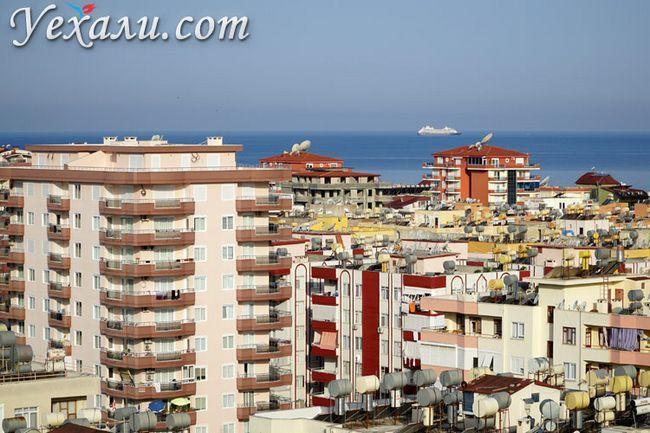 Фото Махмутлара: панорама міста і Середземне море.