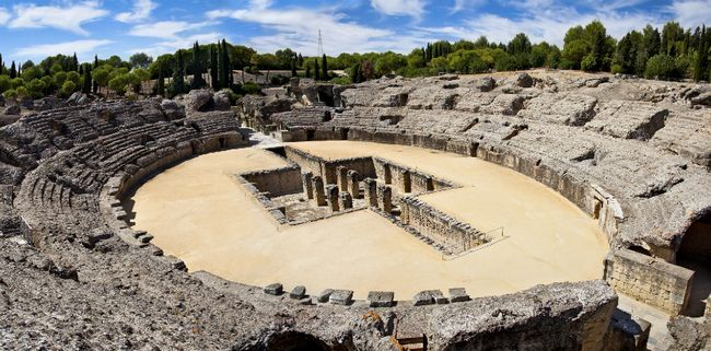 Картинки по запросу restos romanos en sevilla