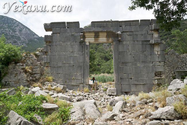 Олімпос, Туреччина, фото храму