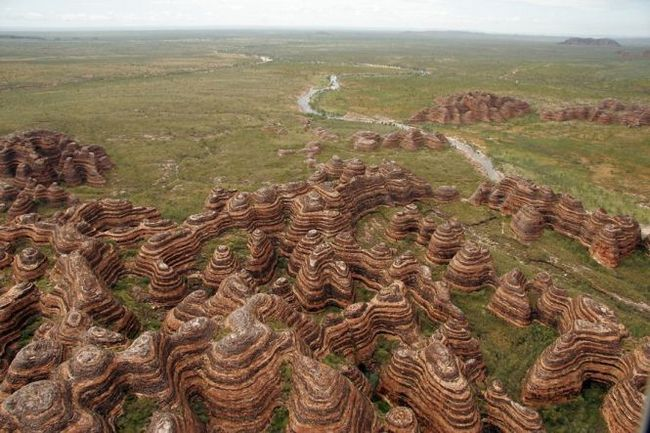 Хребет бангл-бангл (bungle bungle ranges) - національній парк пурнулулу, австралія