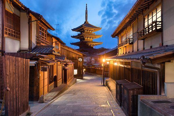 Імператорська столиця: пам`ятки японського міста Кіото