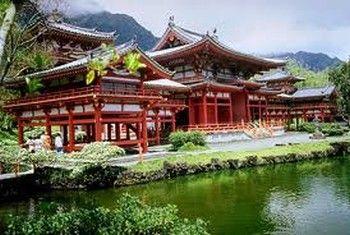 Японія хоче приймати 10 млн туристів щорічно