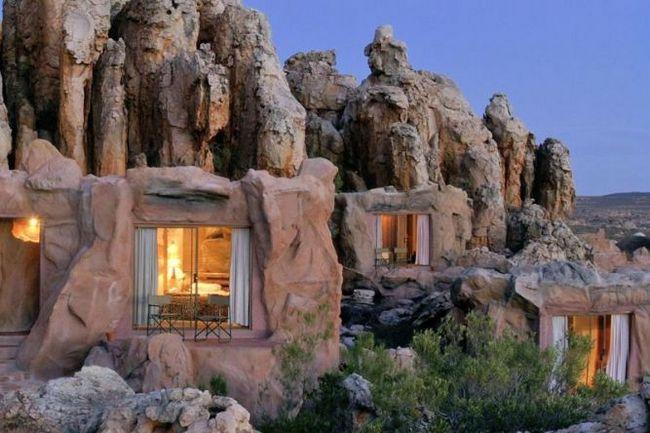 Кагга камма (kagga kamma) - готельно-курортний комплекс в скелі, церес, пар