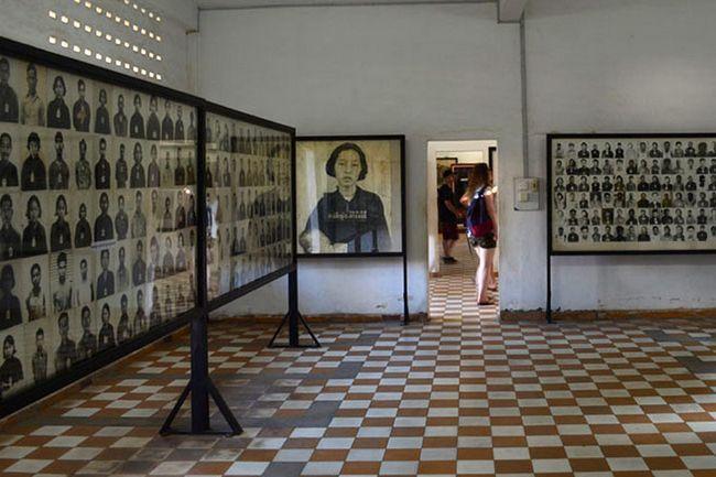Музей геноциду «Туольсленг», Пномпень, Камбоджа.