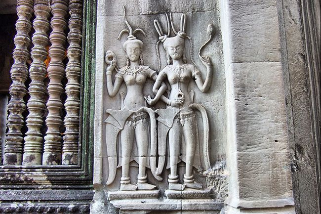 Танець Апсара в гравірування на стінах Ангкор Вата, Камбоджа.