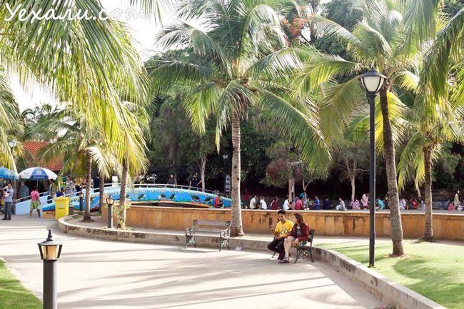 острів Ко Лой (Ko Loi), Срірача, Таїланд