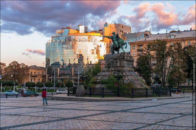 Кращі архітектурні шедеври україни