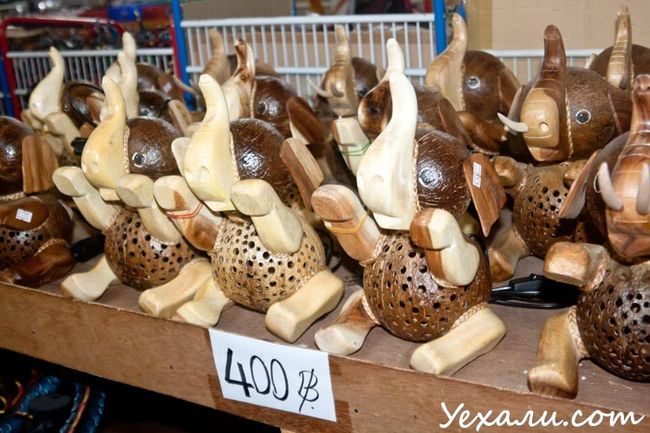 Де придбати сувеніри в Паттайя: магазин Лукдод.
