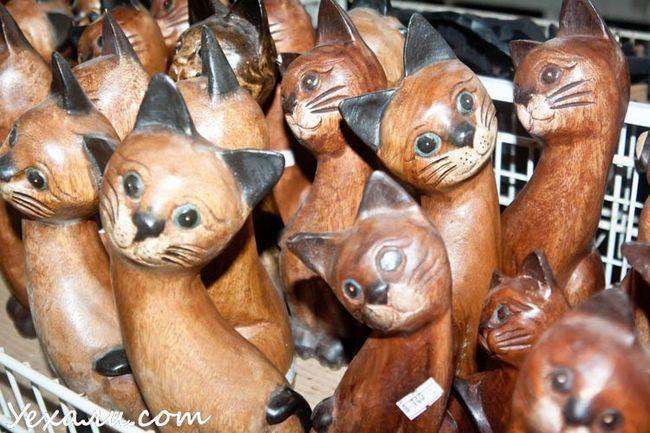 Ціни на сувеніри в Паттайя: магазин Лукдод.
