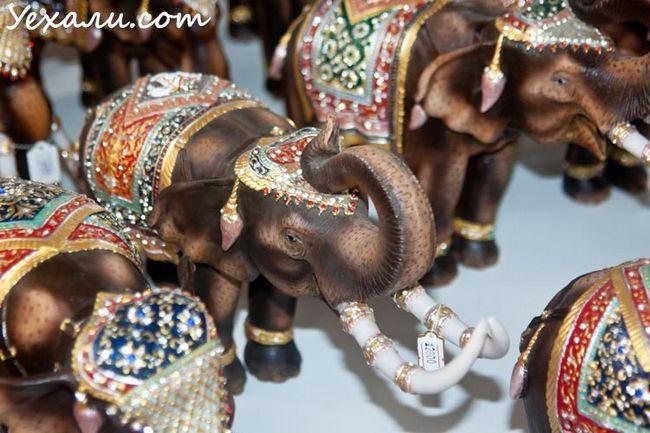 Лукдод - магазин сувенірів в Паттаї.