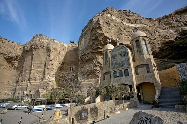 Монастир святого саймона (the monastery of st. Simon the tanner) - храм в печері, єгипет