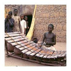 Ксилофон - традиційний музичний інструмент Африки