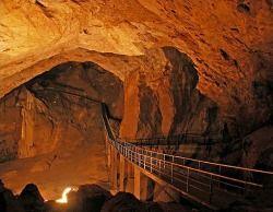Новоафонська печера згадується до сих пір