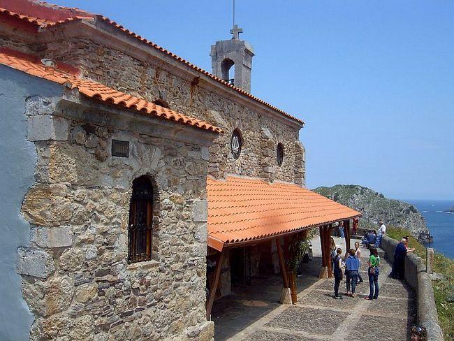 Острів Сан-Хуан де Гастелугаче (San Juan de Gaztelugatxe) і його сходи c 237 сходинками (Іспанія)