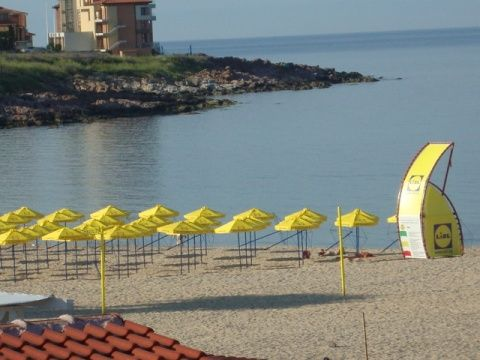 Відпочинок на піщаному пляжі болгарії .аренда