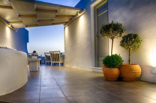 Готель лютого в греції: aerino villa на санторіні