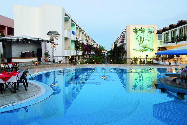 Готель Мінамарк - фото
