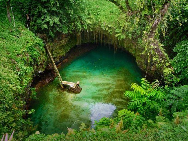 Озеро «велика синя діра» (to sua ocean trench), село лотофаги, самоа