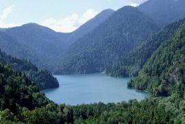 Озеро Ріца - місце, де нерви відпочивають