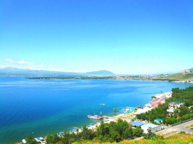 Озеро севан - пам`ятка вірменії