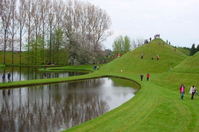 Парк «космічних роздумів» (the garden of cosmic speculation) - дамфріс, шотландия