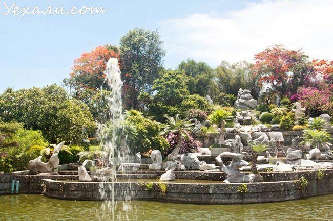 Парк мільйонорічних каменів в Паттайя