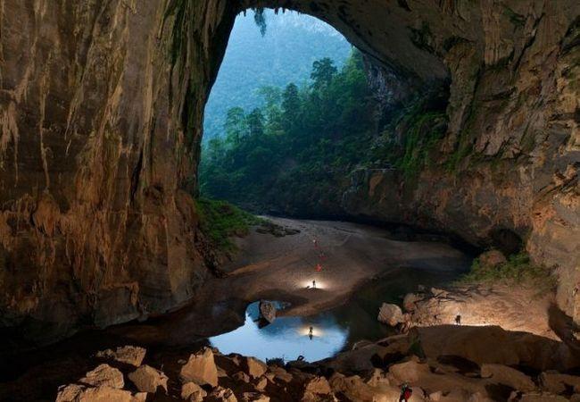 Печера шондонг (hang son doong) - найбільша і красива печера в світі, в`єтнам