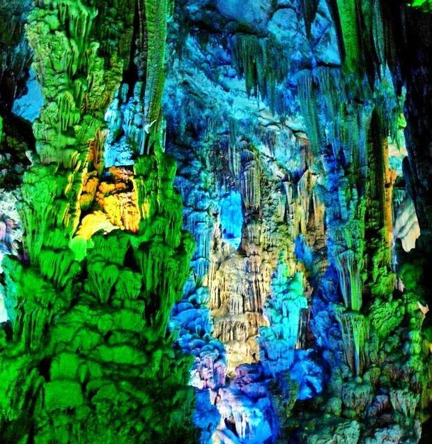 Печера очеретяної флейти (китай)
