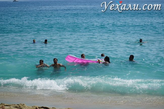 Вода на пляжі Клеопатра