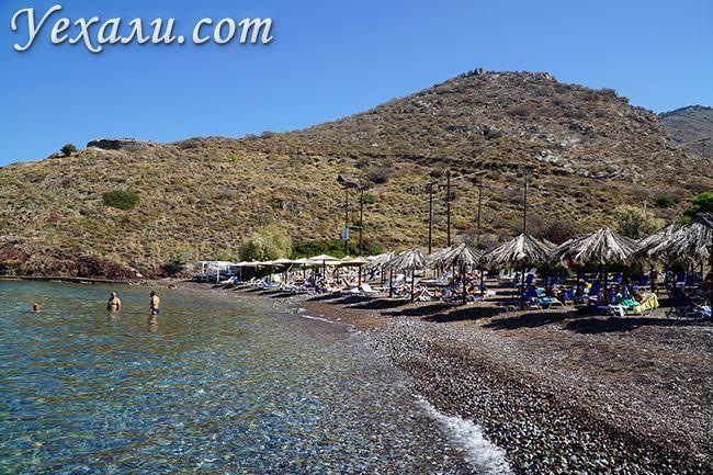 Пляж Вліхос на острові Гідра в Греції