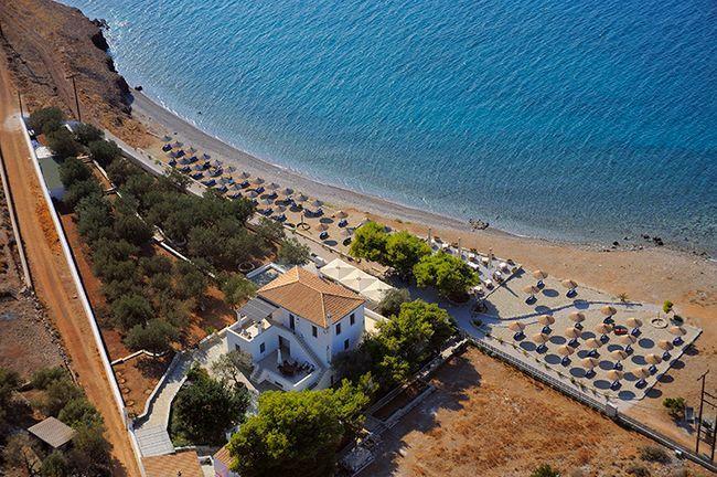 Пляж у готелю Four Season
