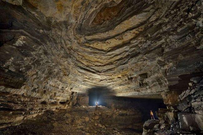 Підземний світ - печера ер ван дон, китай