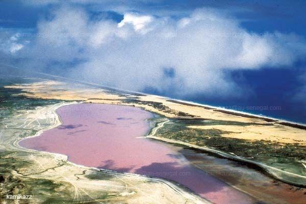 Озеро Ретба (Retba) або Лак-Росі (Lac Rose)