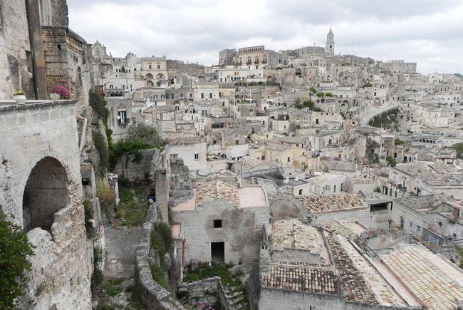 Визначні пам`ятки Італії: Сассо-ді-Матера