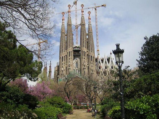 Самі незвичайні церкви і собори світу