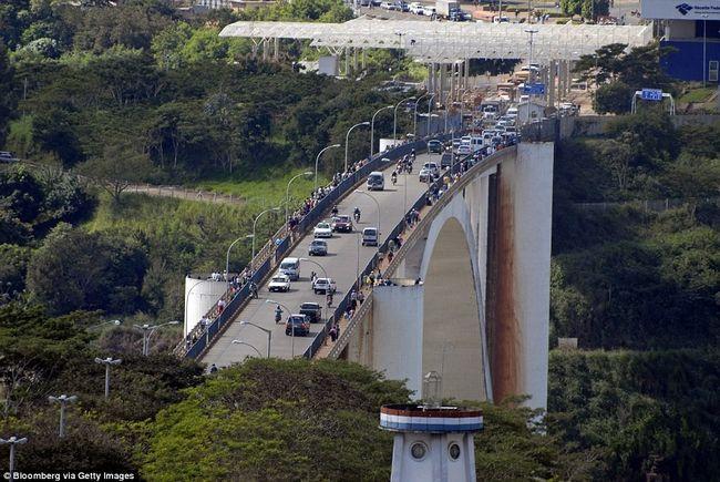 Найнеймовірніші кордону між країнами межа, цікаво, пізнавально, фантастичний вид