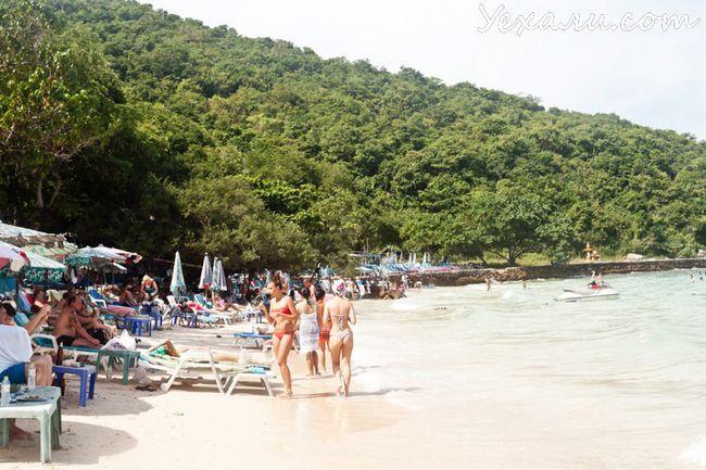 Кращий пляж острова Ко Лан - Сангван Біч