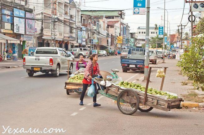 Вулиці столиці Лаосу