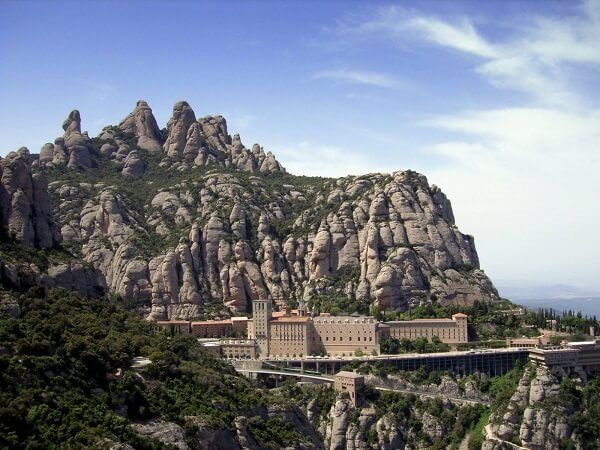Святиня іспанії - гора монтсеррат