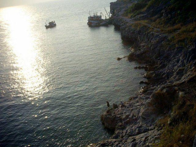 Таїланд. Паттайя. Екскурсії тайського турагентства Русалочка. Острів Ко Сі Чанг, з гідом.