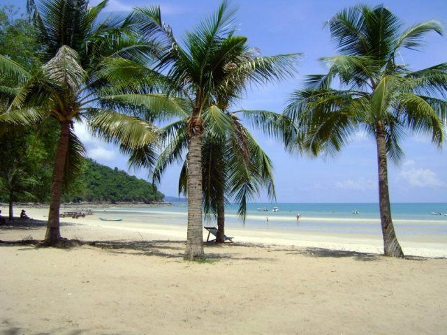 Таїланд. Паттайя. Екскурсії тайського тур агентства Русалочка. Пляж Сай Кео.