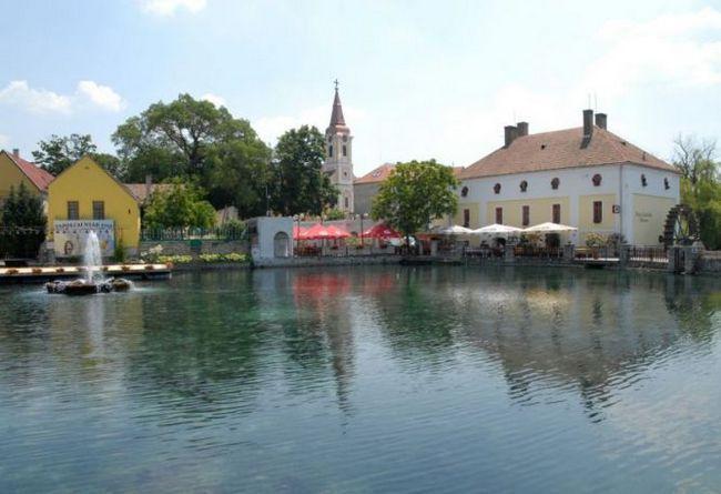 Тапольца - лікувальний курорт в медьє веспрем (угорщина)