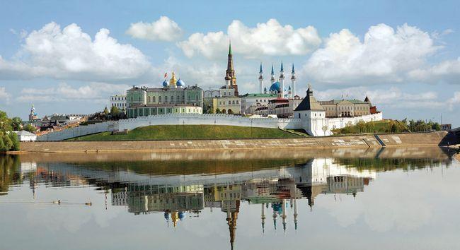 Топ-10 найкрасивіших місць в Казані: кремль