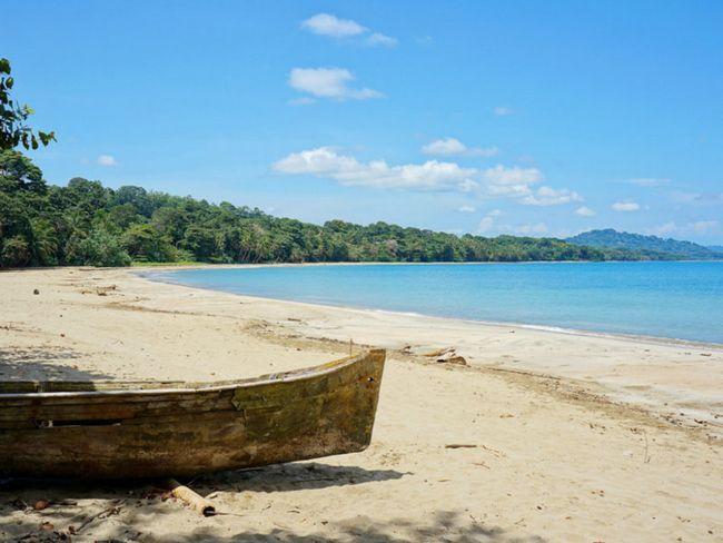 ТОП-10 нудистських пляжів світу